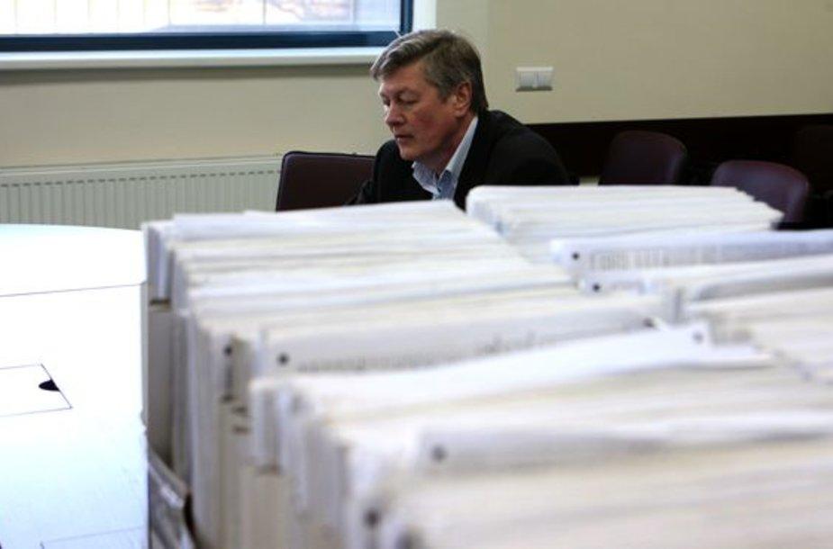 Į VRK grįžo apie 6,7 tūkstančio iš 10 tūkstančių parašų rinkimo lapų.