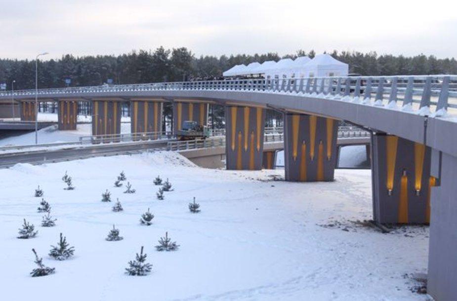 Iškilmingos ceremonijos metu atidaryta pirmoji Vilniaus vakarinio aplinkkelio atkarpa.