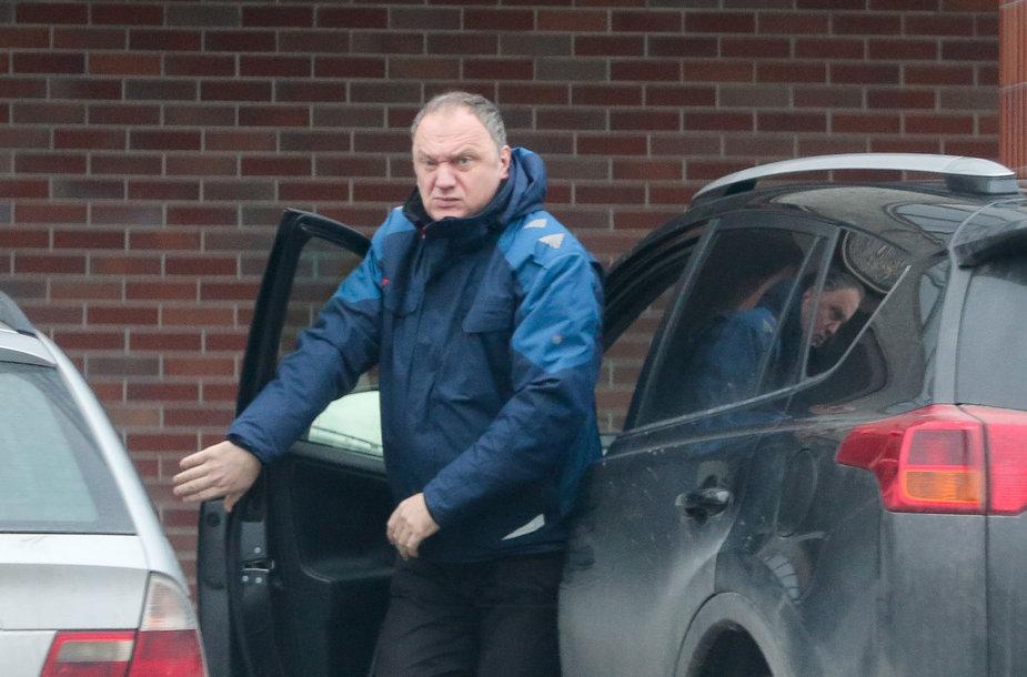 "Aidas Adomaitis su tarnybine ""Toyota RAV4"""