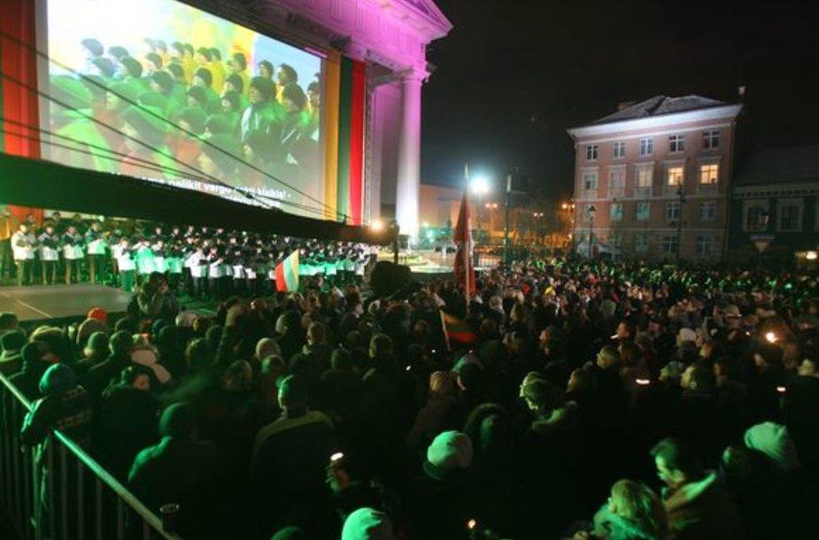 Koncertas sostinės Rotušės aikštėje.