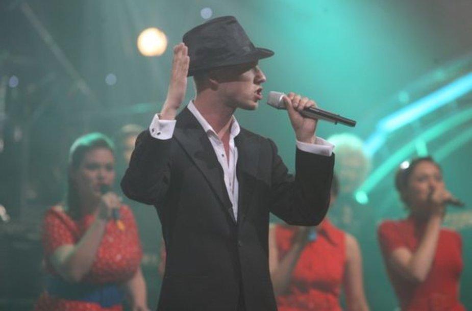 Dainininkas Sasha Son(g)