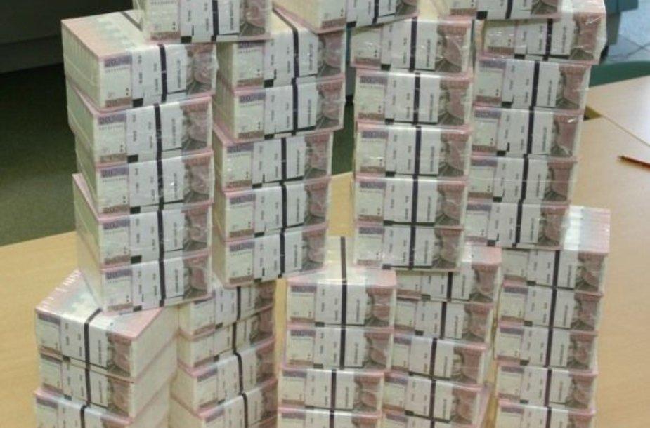 Šie 20 litų banknotai sudaro milijoną litų.