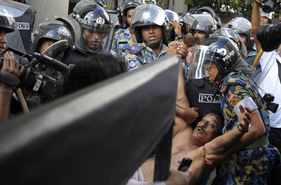 Riaušės Bangladeše