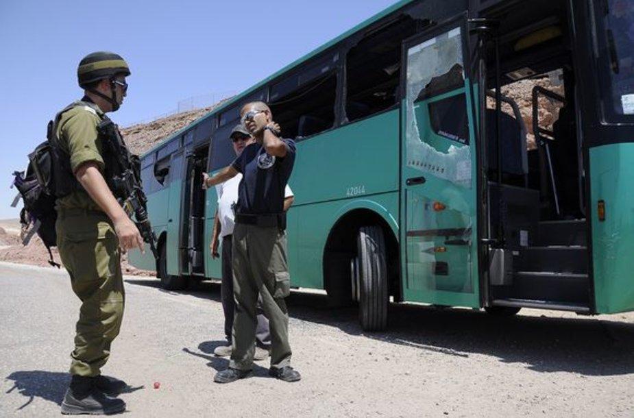 Apšaudytas autobusas