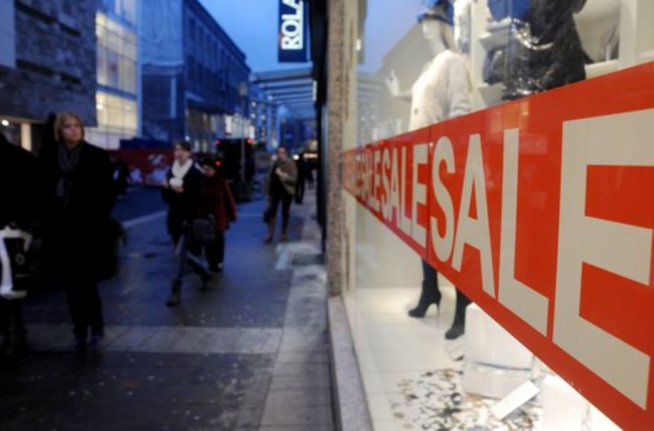 Parduotuvės vilioja nuolaidomis