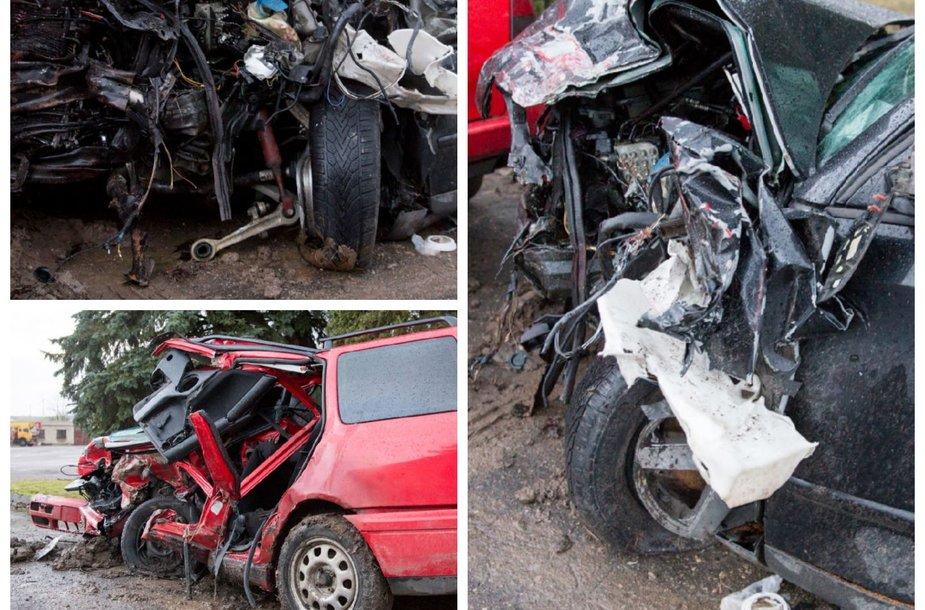 Automobiliai po avarijos Marijampolėje