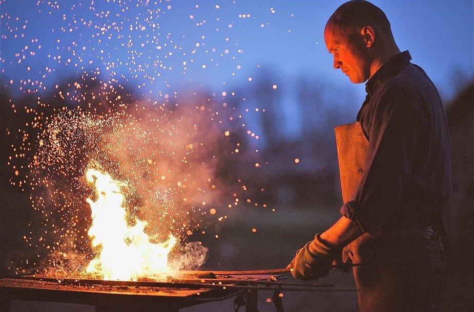 Ugniagesys ir skulptorius Audrius Laucius