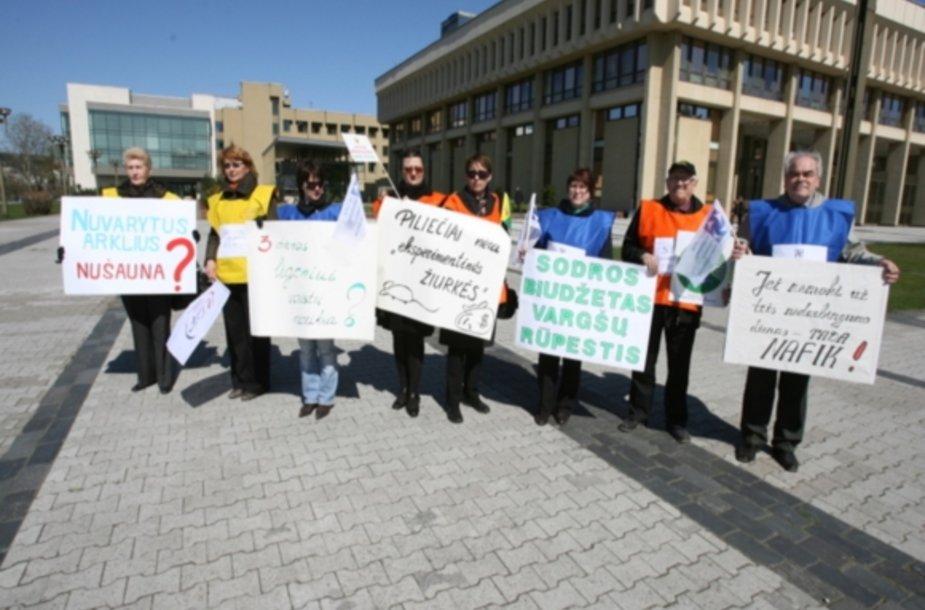 Profesinių sąjungų piketas prie Seimo