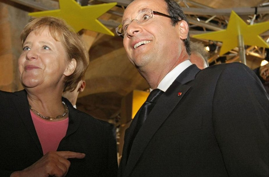 Francois Hollande'as ir Angela Merkel