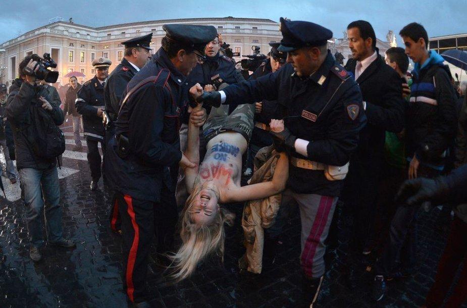 """Femen"" aktyvistės Vatikane"