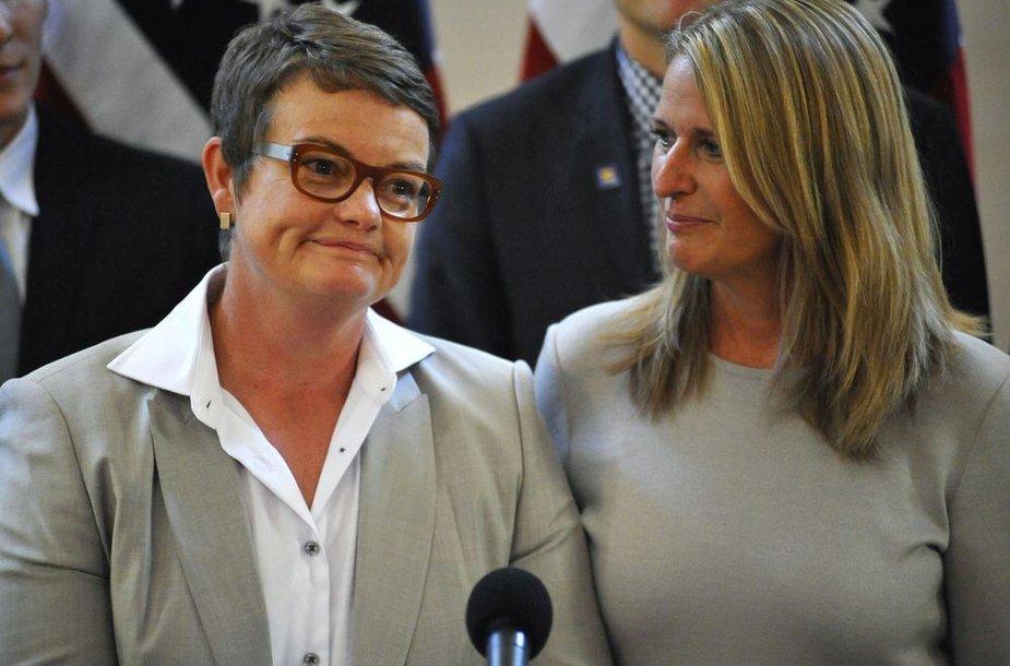 Susituokusi lesbiečių pora