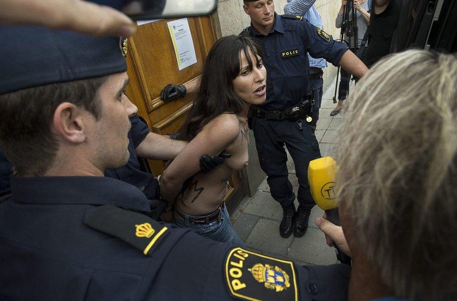 """""""Femen"""" aktyvistės Stokholme"""