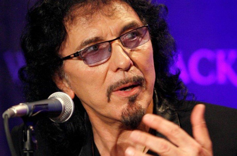 """""""Black Sabbath"""" gitaristas Tony Iommi"""