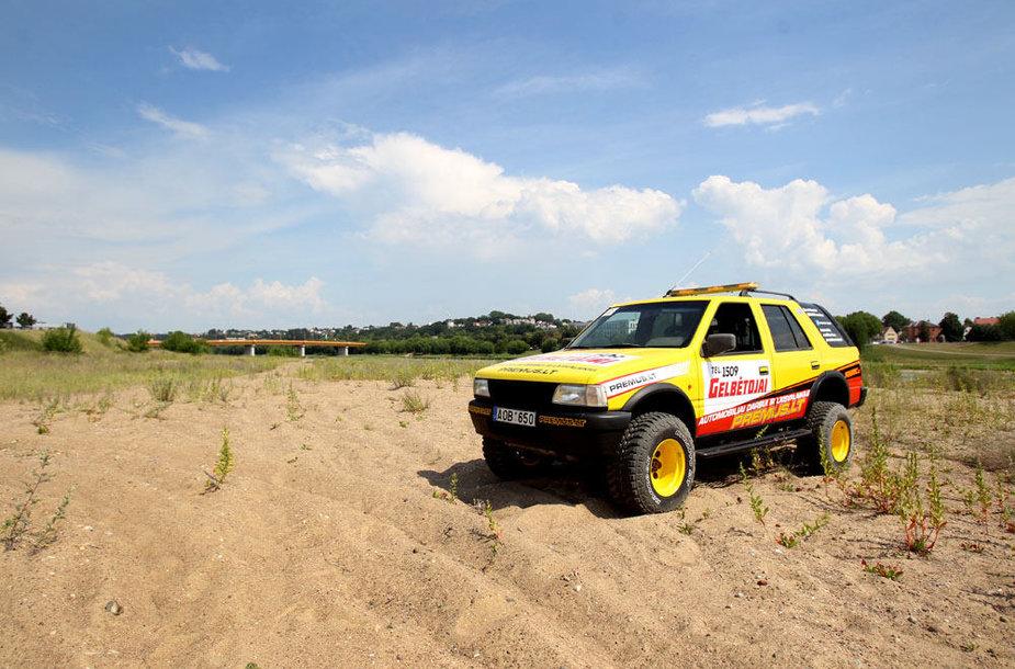 Patobulintas gelbėtojų automobilis
