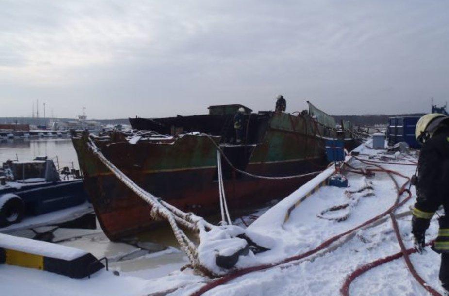 Klaipėdos uoste ketvirtadienį užsiliepsnojo laivas.