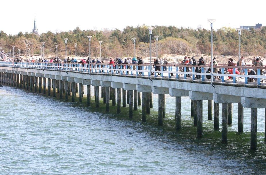 Žvejai ant Palangos tilto