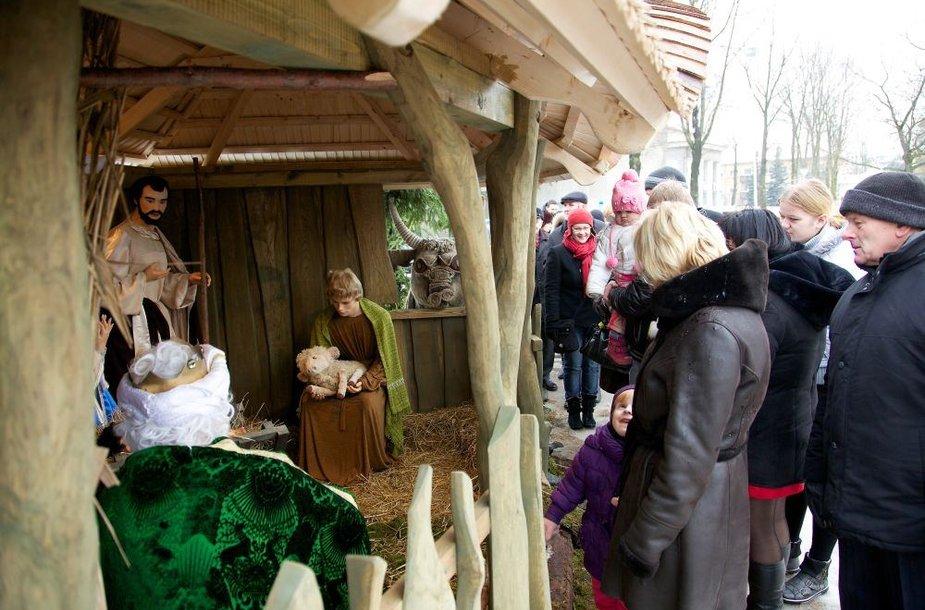 Prieš šventes Tauragėje įrengta prakartėlė pirmąją metų dieną buvo išdaužyta.
