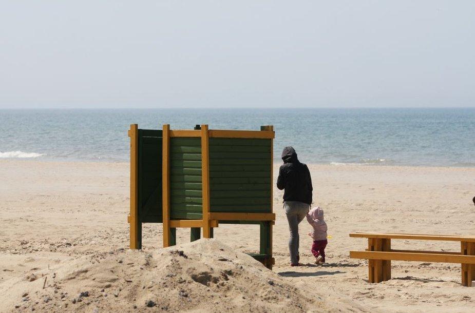 Palangos paplūdimiai yra gerokai praplatėję.