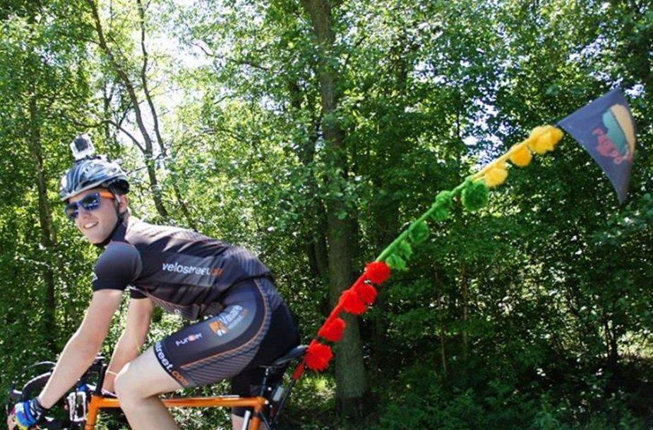 Palangiškis Tautvydas Lubys dviračiu ketina nukeliauti iki Vilniaus ir atgal.