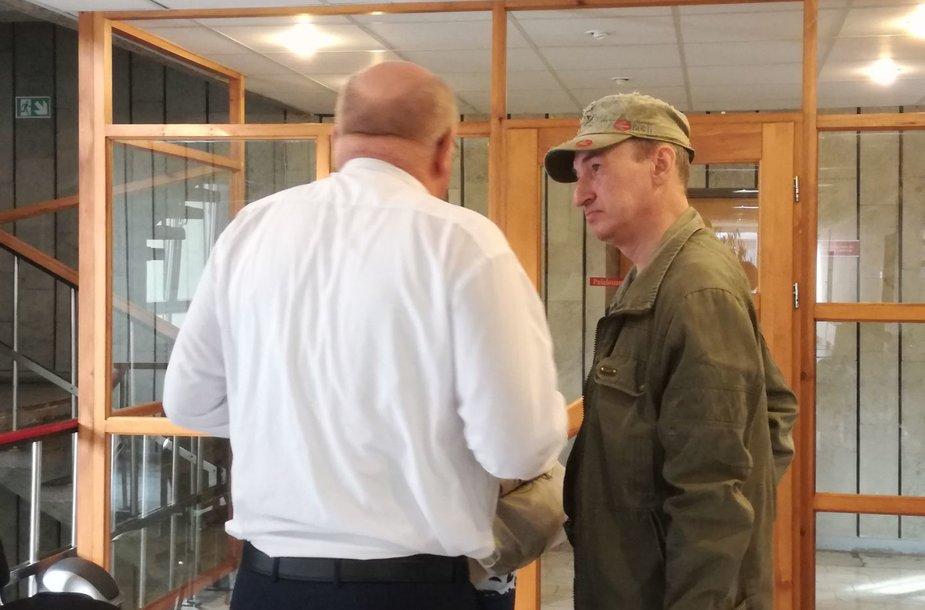 Igoris Cvetkovas ir jo advokatas V.Martyšius