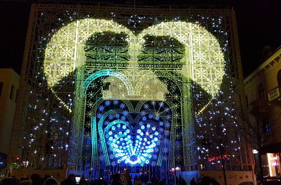 Klaipėdoje prasideda Šviesų festivalis. Pagrindinis akcentas – širdžių tunelis.