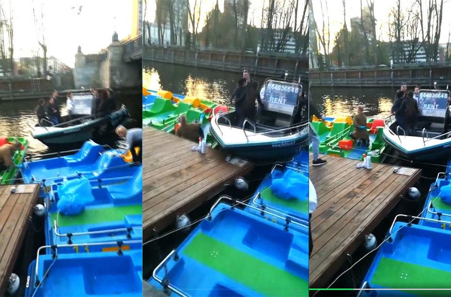 Danės upėje kateris rėžėsi į vandens dviračius valiusias moteris.