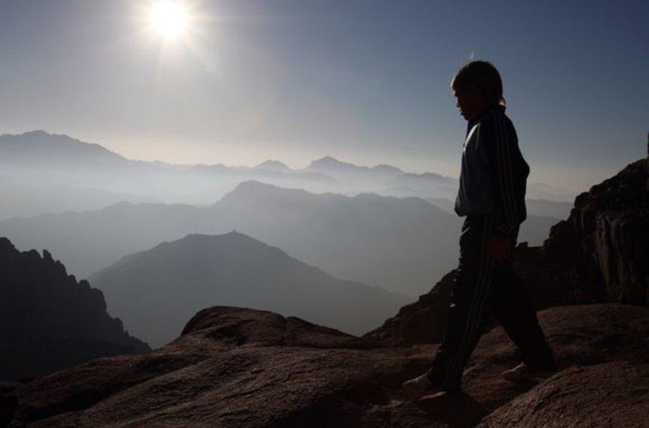 Nuostabus saulėtekis ant Sinaujaus kalno