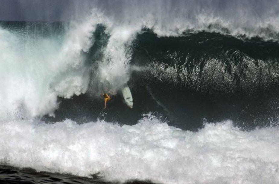 Milžiniškos bangos – rojus bangletininkams