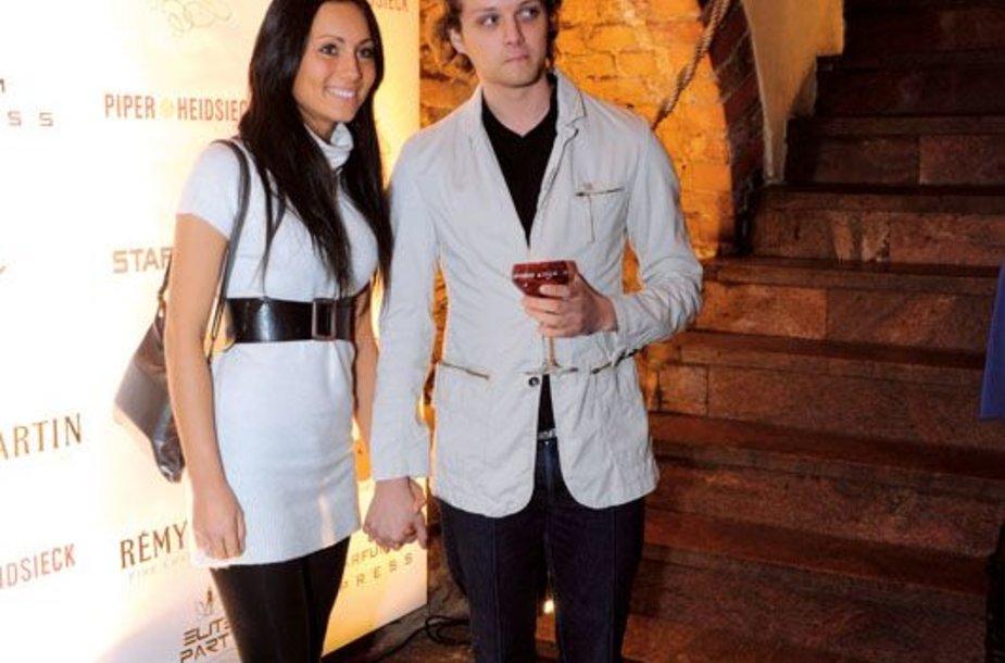 Foto naujienai: Haroldas Šklėrius ir Greta Lebedeva: vestuvių data jau žinoma!!!