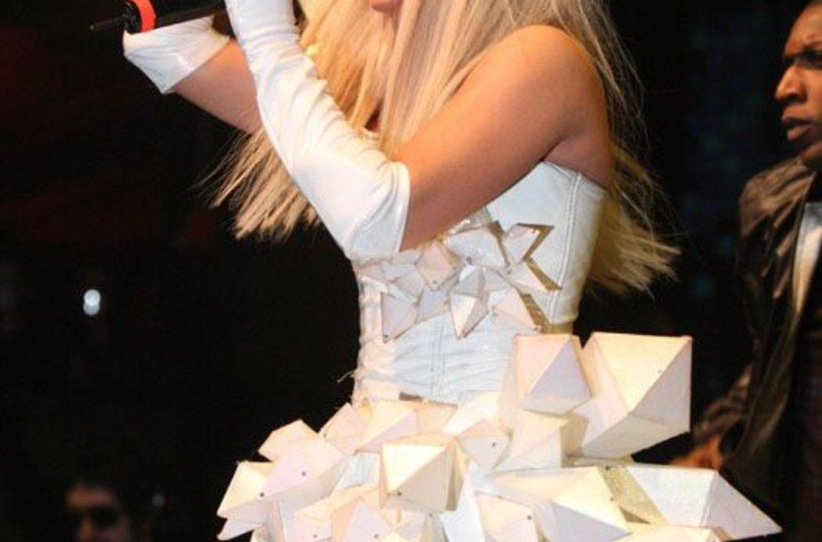 Foto naujienai: Lady GaGa – vyras moters kūne