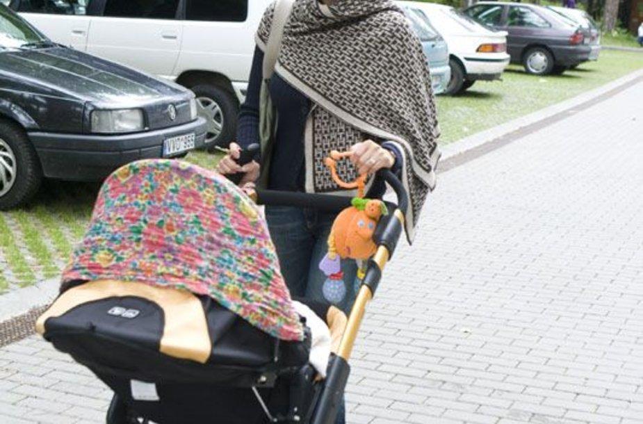 Foto naujienai: Jurgita Tvarijonaitė: į keliones – su pirmagimiu