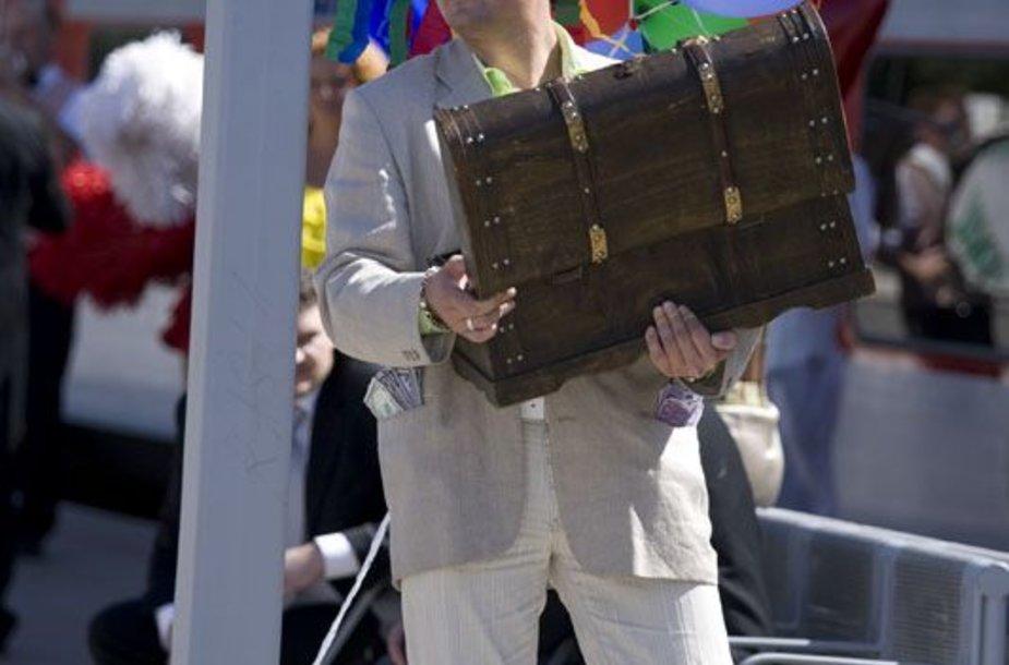 """Foto naujienai: Aktorius Ridas Žirgulis: """"Stengiuosi būti tobulas vyras"""""""