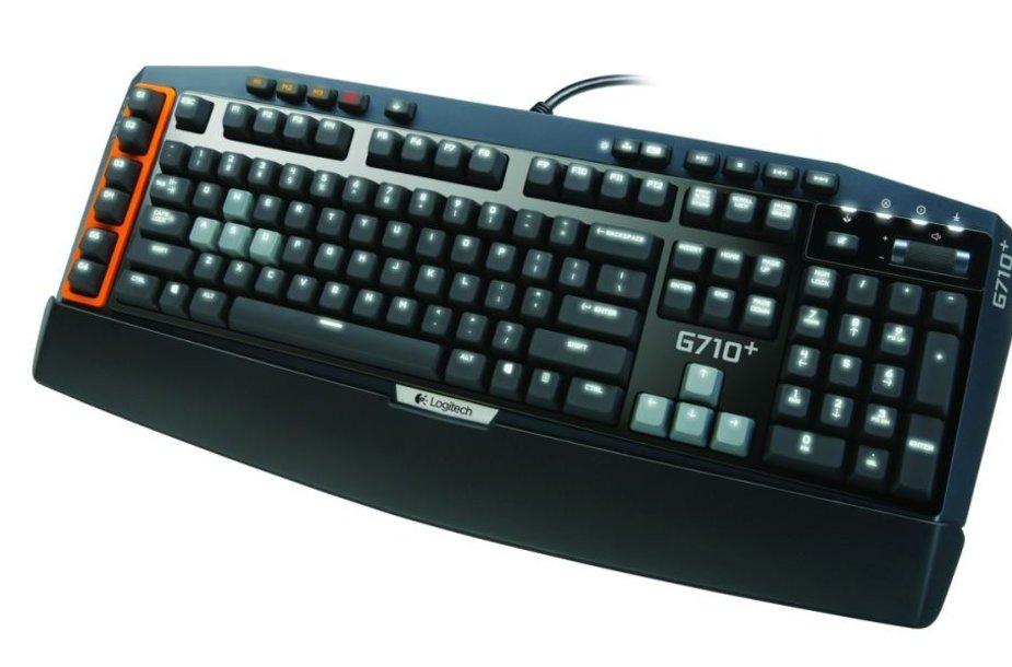 """Naujoji """"Logitech G710+"""" mechaninė klaviatūra išsiskiria akimirksniu į spustelėjimą reaguojančiais klavišais su dviejų zonų apšvietimu."""