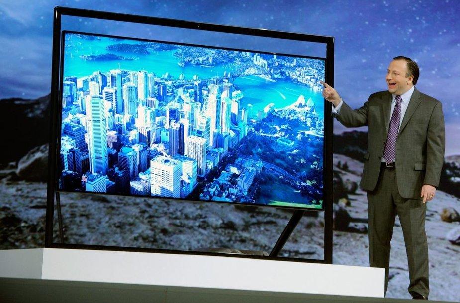 """Televizorius """"Samsung 85S9"""" buvo pristatytas parodoje """"CES 2013"""""""