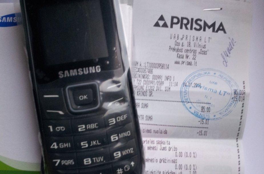 """Skaitytoja parduotuvėje nusipirko """"Samsung"""" telefoną, galintį veikti su dviem SIM kortelėmis."""
