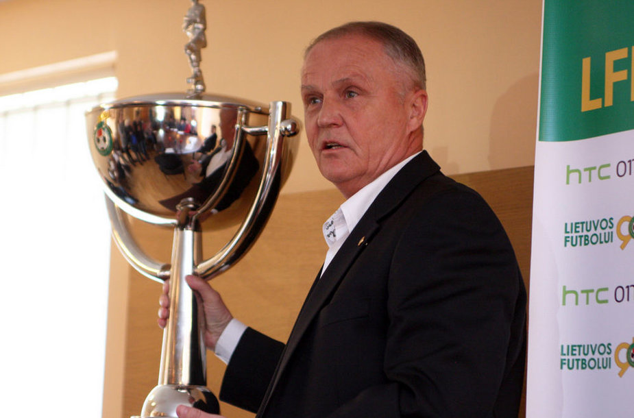 Julius Kvedaras ir LFF taurė