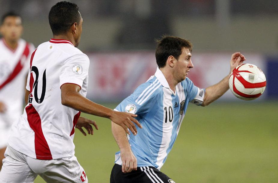 Lionelis Messi šį kartą neįmušė.