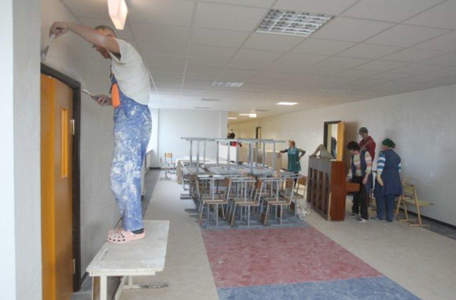 M.Biržiškos gimnazijos moksleiviai jau kitą savaitę tikisi mokytis savo klasėse.