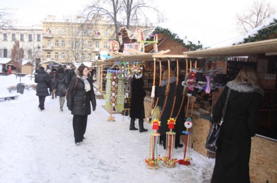 Kalėdų miestelyje gyvenimas atgyja tik savaitgaliais, o darbo dienomis pirkėjų čia – vos vienas kitas.