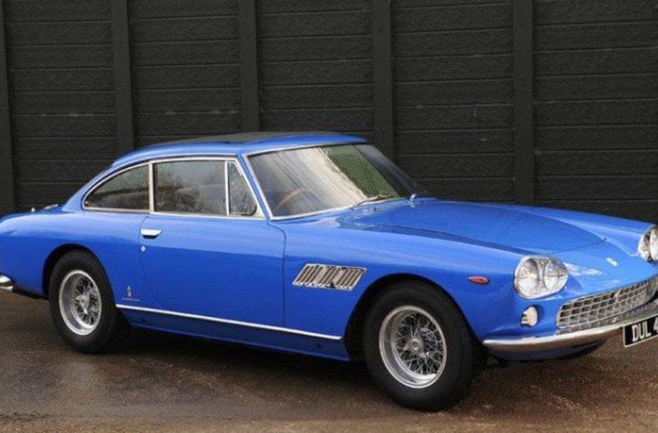 "Pirmasis Jonho Lennono automobilis – ""Ferrari 330 GT"""