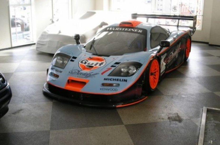 """Vienintelis likęs """"McLaren F1 GTR"""" egzempliorius"""