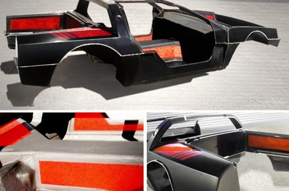 """""""Epic EV"""" sukurtas lengvas """"DeLorean"""" elektromobilio kėbulas"""