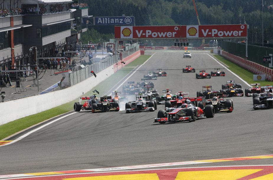 """""""Formulės-1"""" Belgijos GP lenktynių akimirka"""
