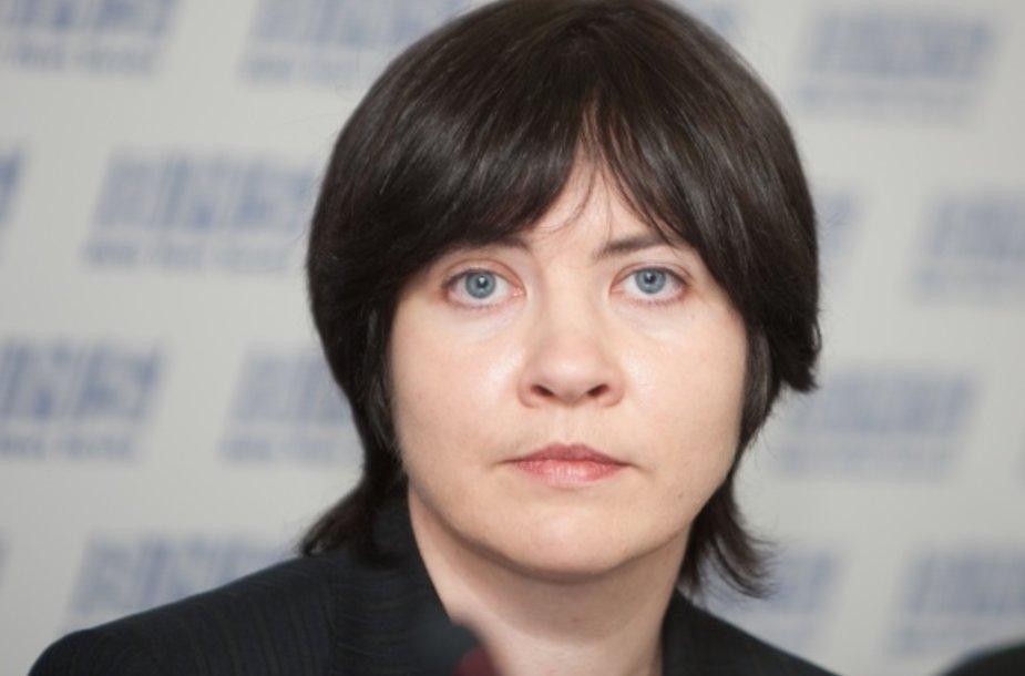 E.Žiobienės teigimu, ji neieškojo jokio politinio užnugario ir savo veikloje labai aiškiai atskyrė teisę nuo politikos.
