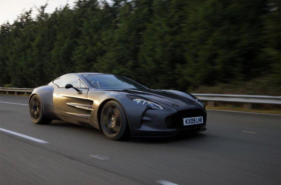 """""""Aston Martin One-77"""" – greičiausias markės istorijoje"""