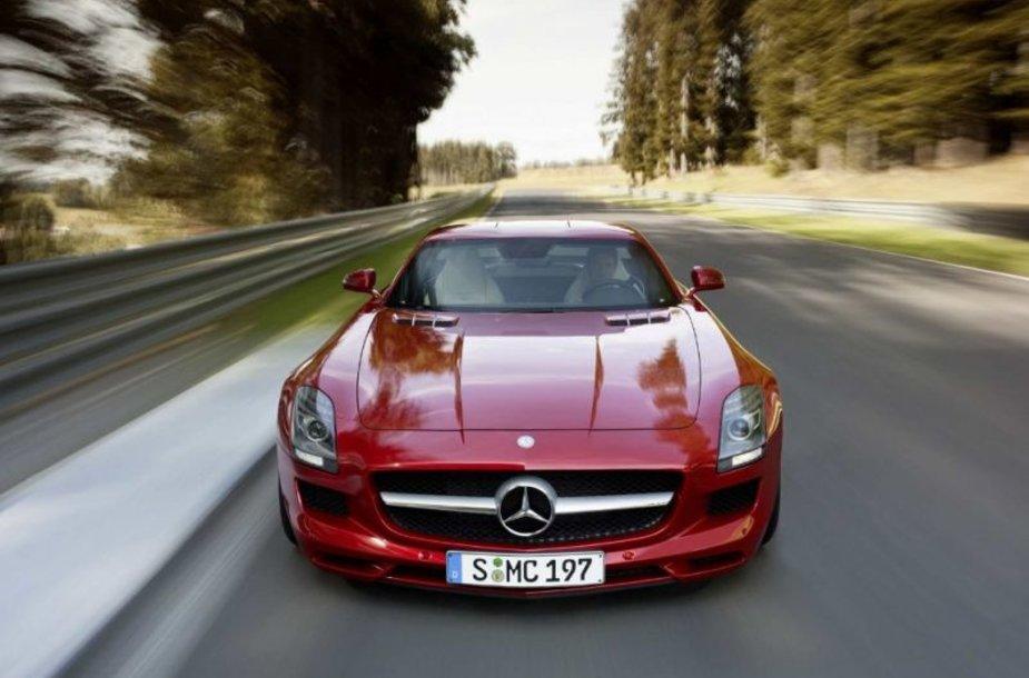 """Mercedes-Benz SLS AMG Gullwing"" – paslaptis atskleista"