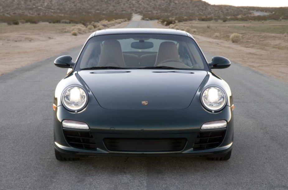 """""""Porsche"""" gali sulaukti pagalbos iš Kataro"""