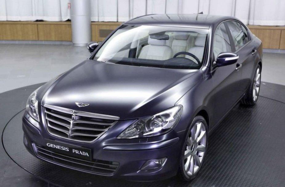 """""""Hyundai Genesis Prada"""" skirtas parodai ir labdarai"""
