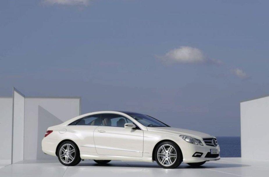"Naujasis ""Mercedes-Benz E Coupe"" – premjeros belaukiant"