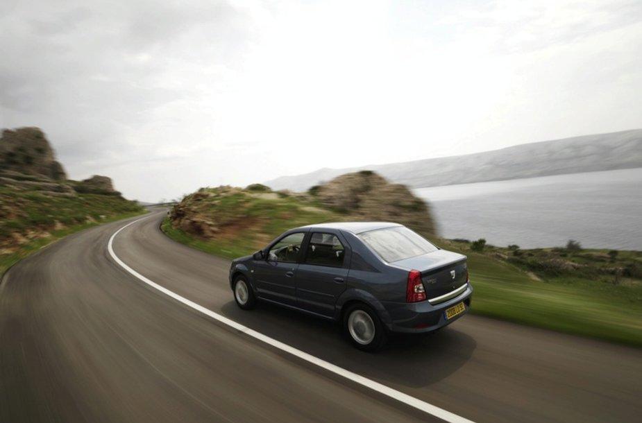 """Atnaujintas """"Dacia Logan"""" – patrauklesnis nei iki šiol"""